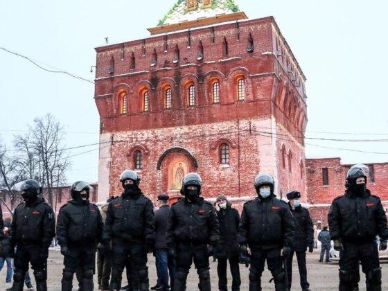 As Anger at Ruling Regime Boils Over, Putin Strikes Hard Against Dissent